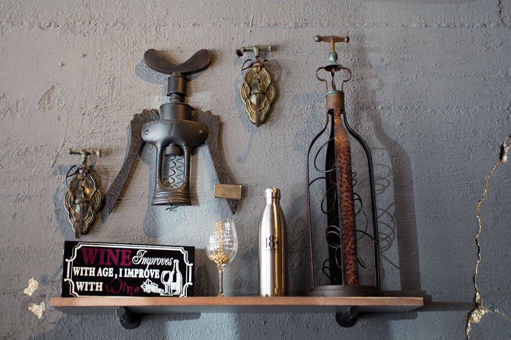 drive-swim-fly-18th-barrel-wine-and-beer-tasting-room-san-juan-bautista-california-alcohol-wine-accessories