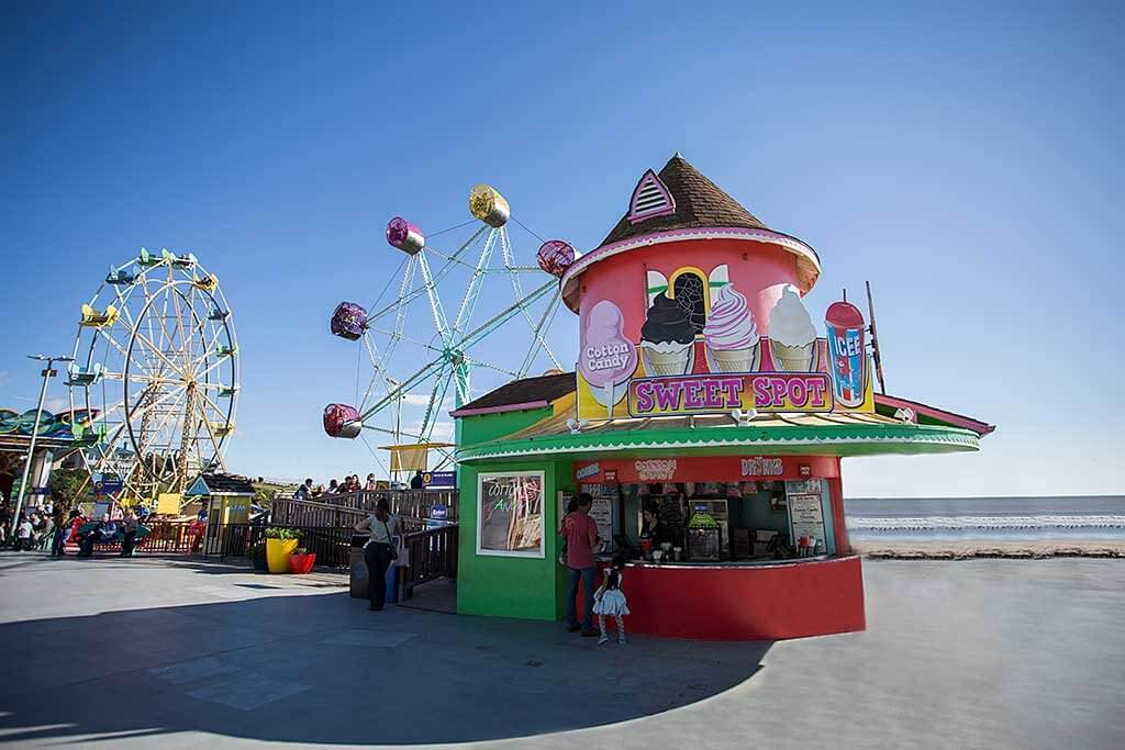 drive-swim-fly-santa-cruz-california-boardwalk-sweet-spot-ferris-wheel-rock-o-plane