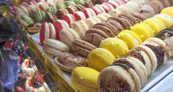 drive-swim-fly-seattle-washington-portland-oregon-vacation-2015-selfietrip-macarons-petite-provence-bakery