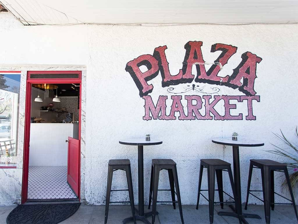 drive-swim-fly-san-juan-bautista-california-lolla-sandwich-shop-downtown-plaza-market-front-door