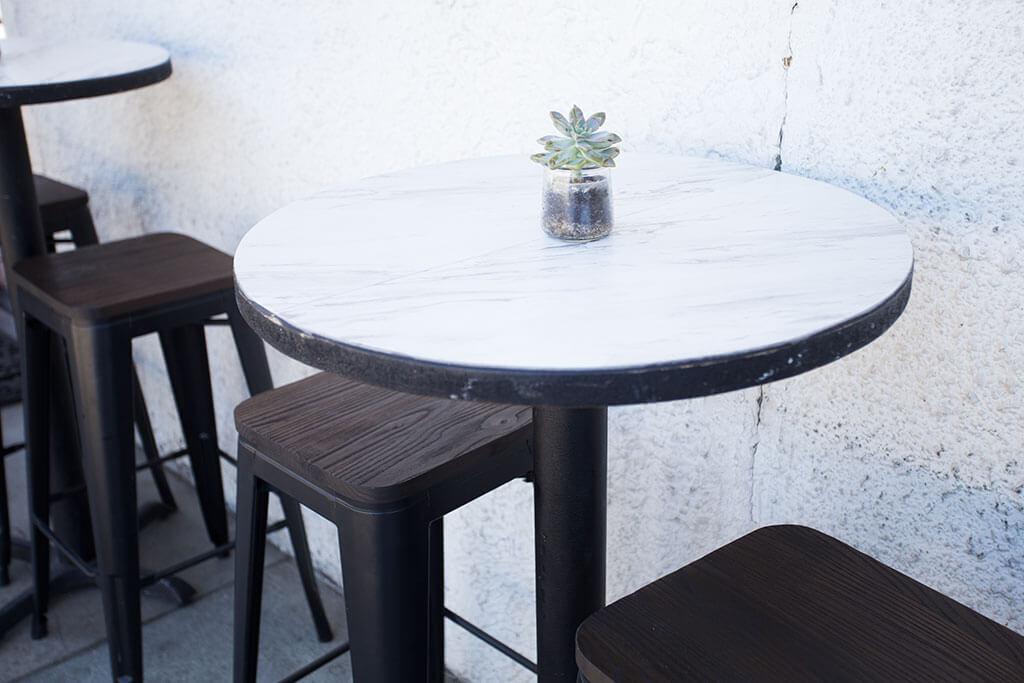 drive-swim-fly-san-juan-bautista-california-lolla-sandwich-shop-downtown-table-top-succulent