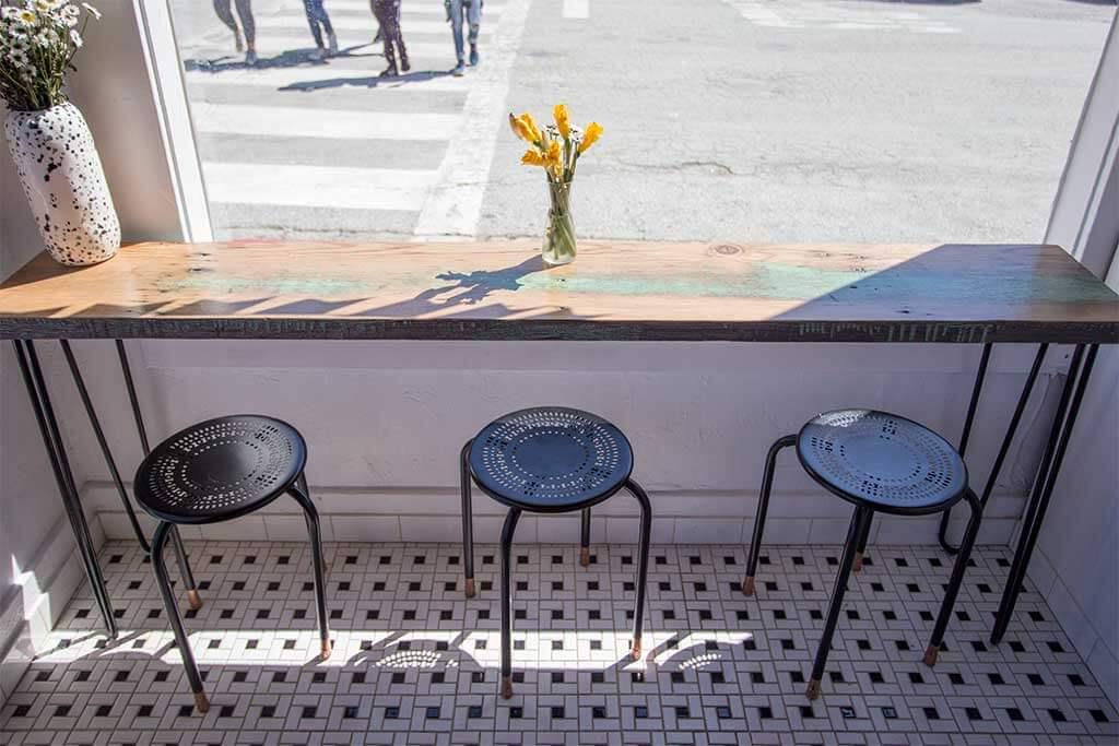 drive-swim-fly-san-juan-bautista-california-lolla-sandwich-shop-downtown-tiny-bar-eating-area