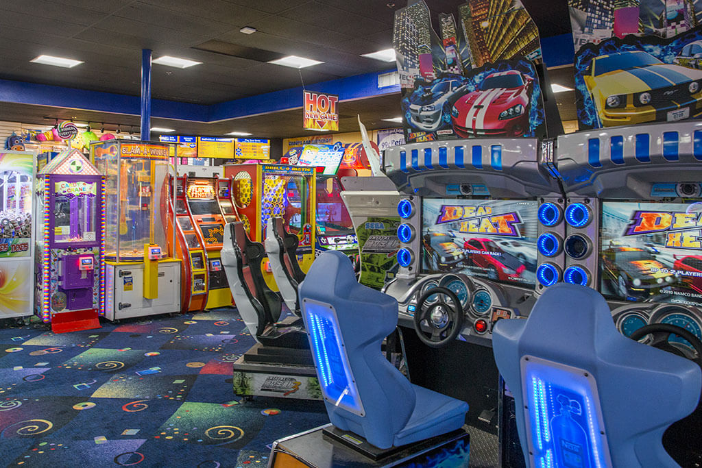 drive-swim-fly-boomers-santa-maria-california-arcade-racing-games