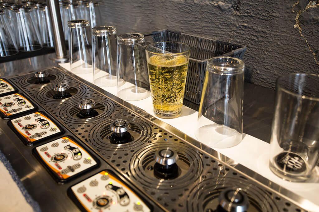 drive-swim-fly-18th-barrel-wine-and-beer-tasting-room-san-juan-bautista-california-alcohol-self-filling-beer-tap