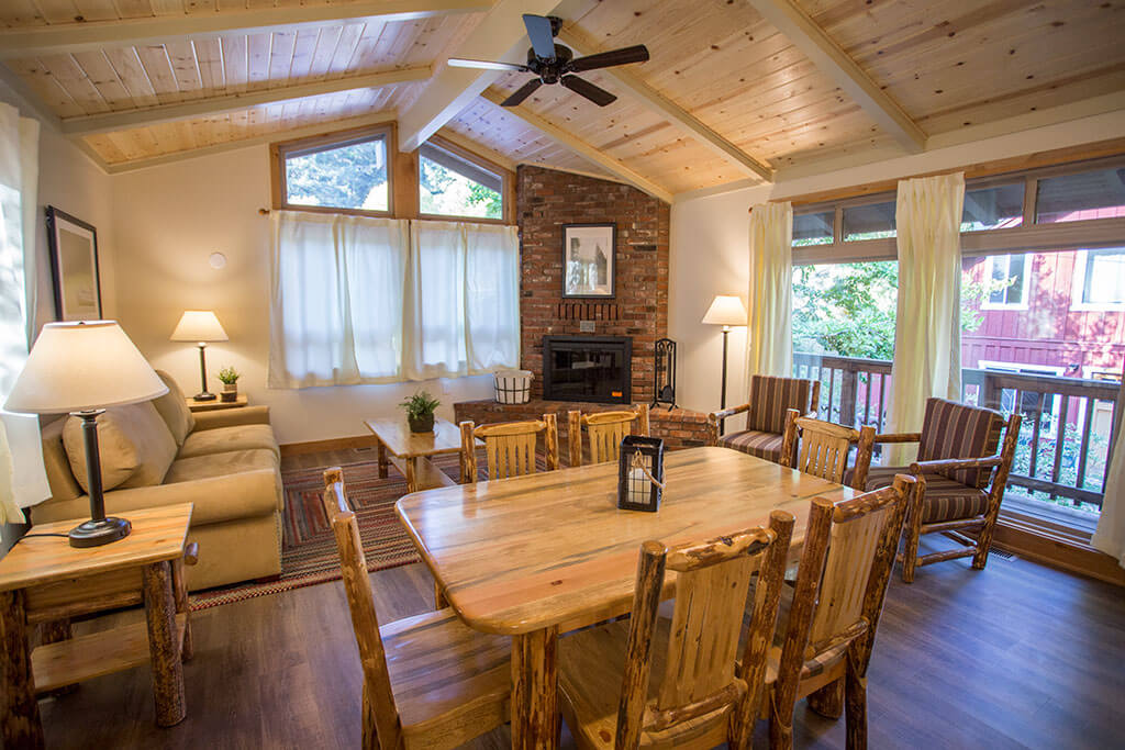 drive-swim-fly-california-mount-hermon-christian-retreat-camp-alder-cabin-living-room