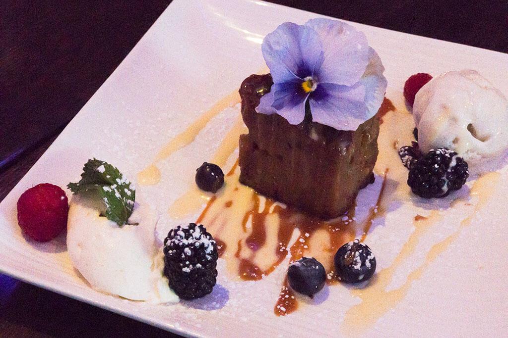 drive-swim-fly-california-prova-restaurant-downtown-morgan-hill-monterey-street-tapas-bread-pudding-caramel-fresh-fruit-ice-cream