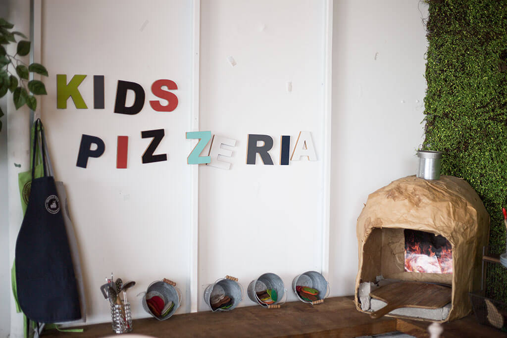 drive-swim-fly-tricycle-pizza-monterey-california-food-truck-bike-kids-pizzeria