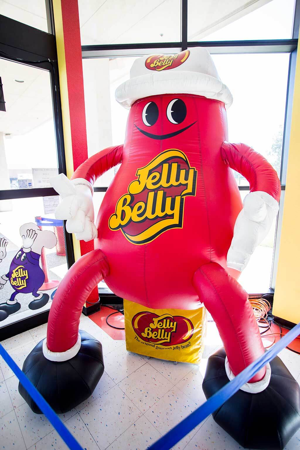 drive-swim-fly-jelly-belly-factory-tour-fairfield-california-red-blow-up-jellybean