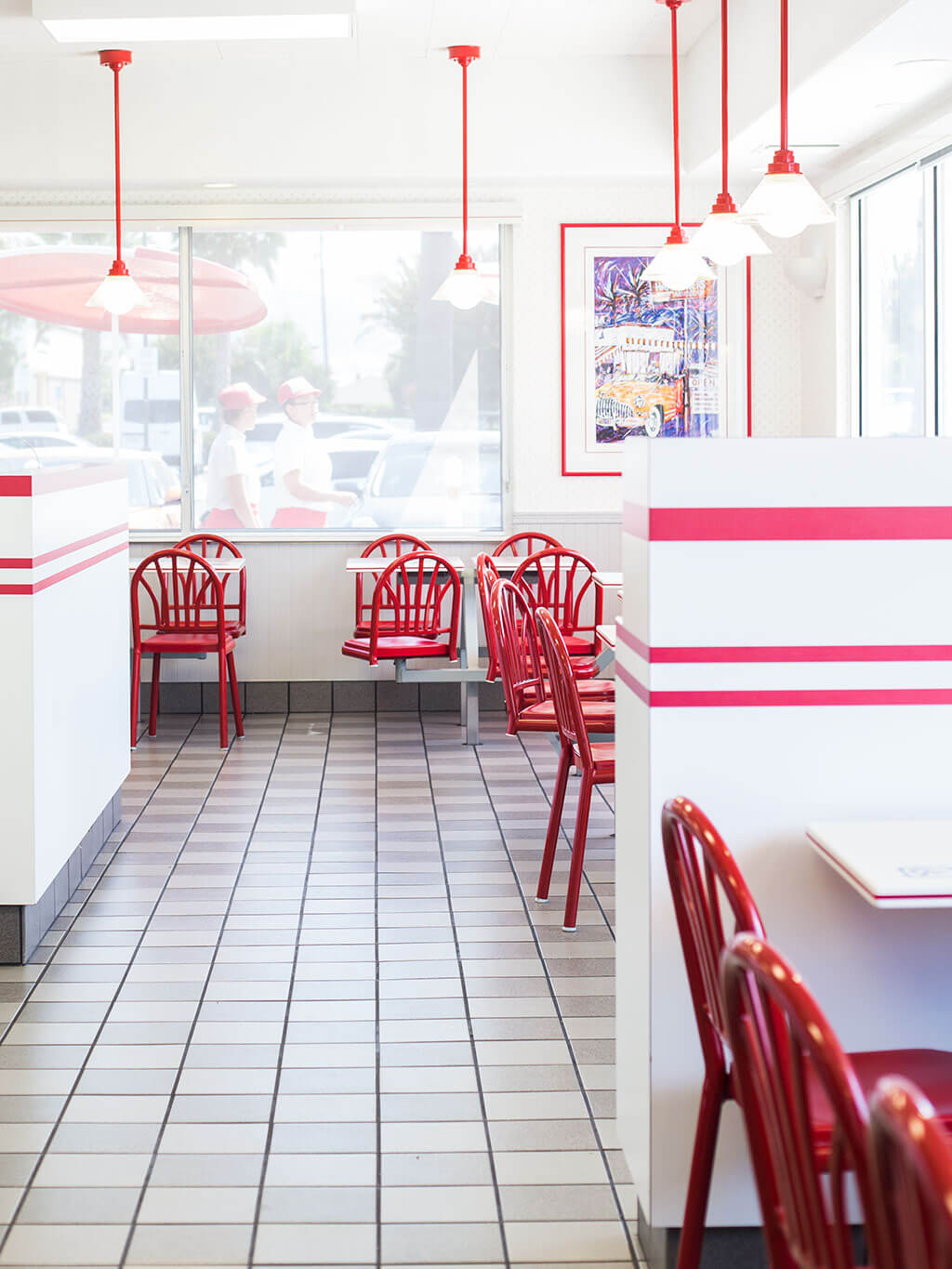 drive-swim-fly-in-n-out-burger-gilroy-california-cheeseburgers-fast-food-west-coast-original-dining-room