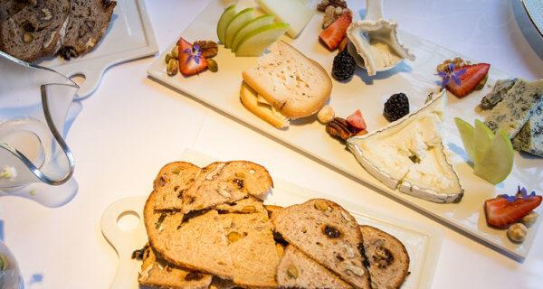 drive-swim-fly-california-yosemite-national-park-oakhurst-ernas-elderberry-house-fine-dining-cheese-platter-charcuterie-board