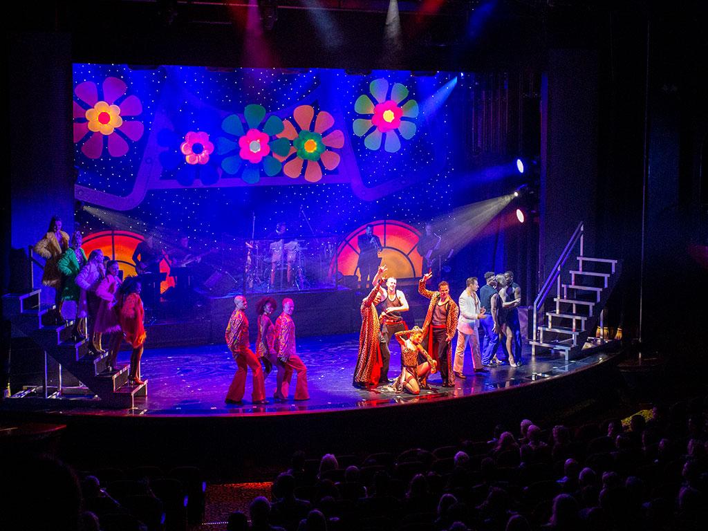 drive-swim-fly-mexican-riviera-cruise-christmas-cruise-los-angeles-mazatlan-cabo-san-lucas-puerto-vallarta-norwegian-cruise-lines-mexico-stardust-theater-musical-drama
