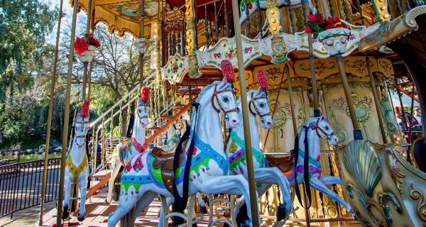 drive-swim-fly-california-casa-de-fruita-roadside-attraction-pacheco-pass-highway-pit-stop-carousel-header