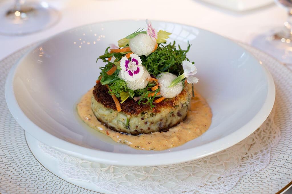drive-swim-fly-oakhurst-california-ernas-elderberry-house-fine-dining-appetizer-crab-cake