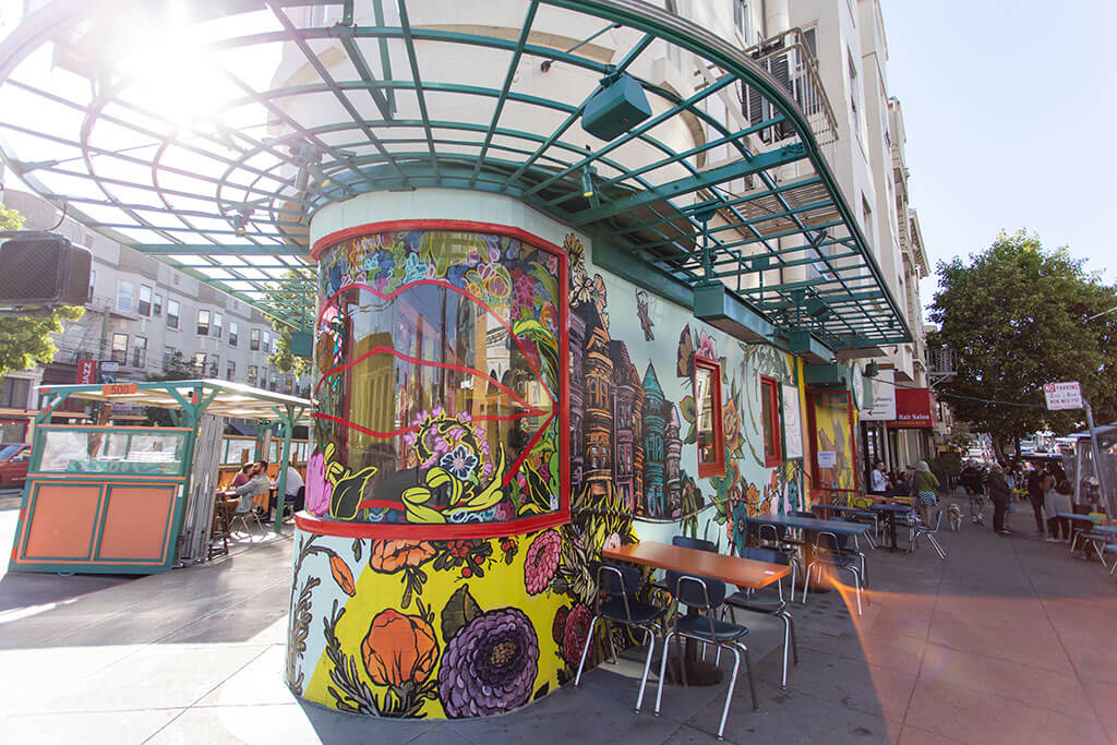 drive-swim-fly-san-francisco-avital-food-tour-north-beach-little-italy-red-window-cocktails