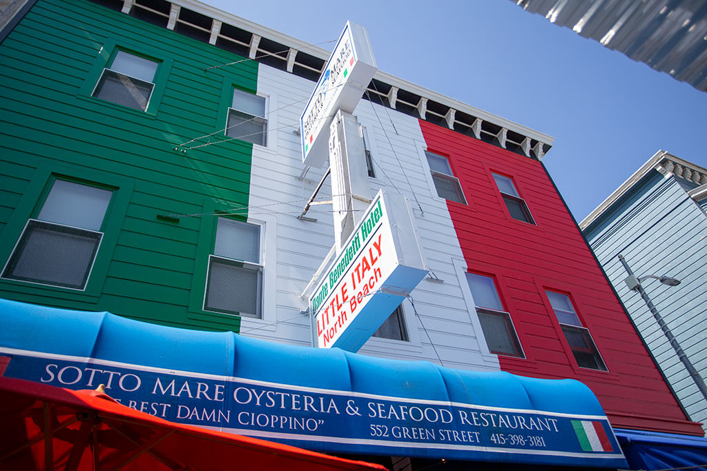 drive-swim-fly-san-francisco-avital-food-tour-north-beach-little-italy-sotto-mare-oysteria-seafood-cioppino-building-restaurant