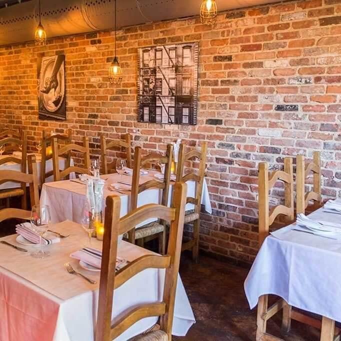 drive-swim-fly-odeum-mediterranean-restaurant-morgan-hill-california-south-bay-area-soul-food-tables-inside